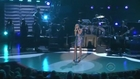 Carrie Underwood performs Brooks & Dunn Neon Moon